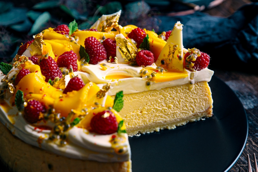 Creamy+Vanilla+Baked+Cheesecake+with+Cointreau+Whipped+Cream+%26+Fresh+Summer+Fruit++%7C++Gather+%26+Feast
