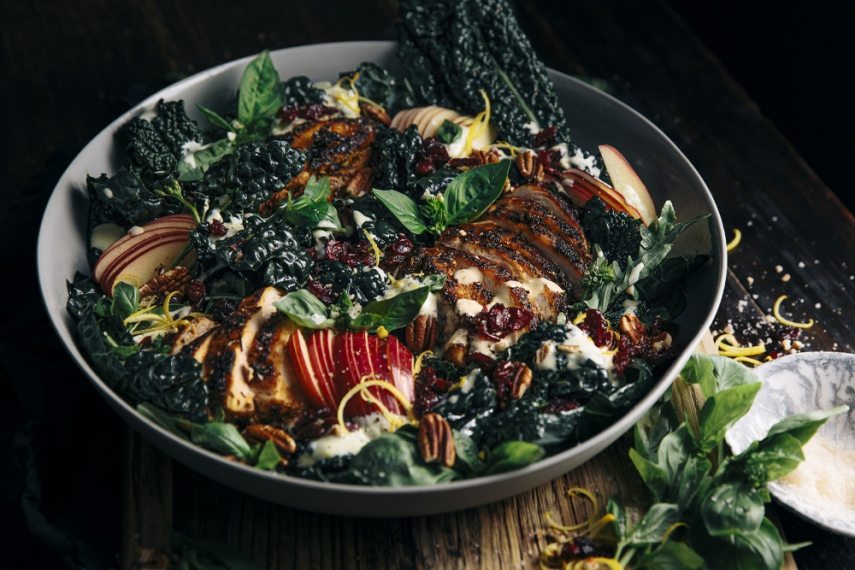 Kale%2C+Apple+%26+Craisins+Dried+Cranberries+Salad+with+Smokey+Chicken+%26+Creamy+Garlic+Yoghurt+Dressing++%7C++Gather+%26+Feast