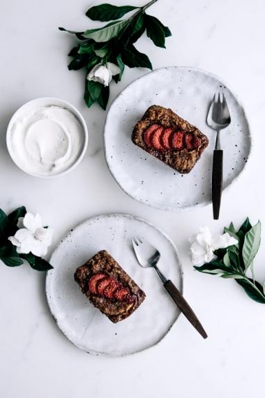 Vegan+Vanilla%2C+Pear+%26+Strawberry+Cakes++%7C++Gather+%26+Feast