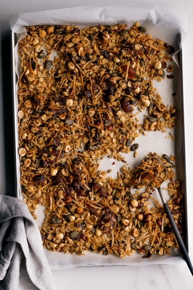 Hazelnut+%26+Date+Granola++%7C++Gather+%26+Feast