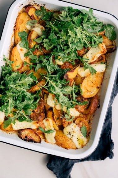 One-Pan+Smokey+Baked+Chicken+with+Halloumi+%26+Peaches++%7C++Gather+%26+Feast
