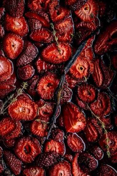 Vanilla+%26+Thyme+Maple+Roasted+Strawberries++%7C++Gather+%26+Feast