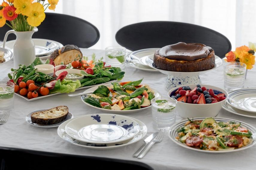 Nectarine%2C+Basil+%26+Burrata+Salad+with+Basil+%26+Pistachio+Vinaigrette++%7C++Gather+%26+Feast