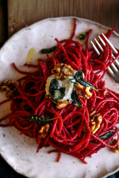 Roasted+Beetroot+%26+Thyme+Spaghetti+with+Olive+Oil+Toasted+Walnuts+%26+Sage++%7C++Gather+%26+Feast