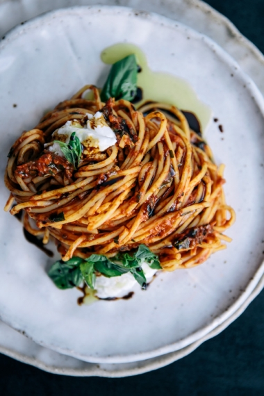 Tomato+%26+Balsamic+Spaghetti+with+Fresh+Basil+%26+Burrata++%7C++Gather+%26+Feast