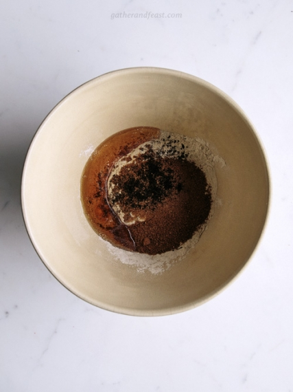 Berry+Buckwheat+%26+Hazelnut+Crumble+with+Fresh+Mint++%7C++Gather+%26+Feast
