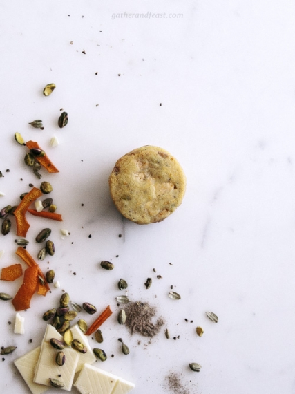 Orange%2C+Cardamom%2C+Pistachio+%26+White+Chocolate+Shortbread++%7C++Gather+%26+Feast