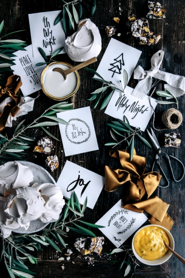 Free+Christmas+Printable+Gift+Tags+%26+Place+Cards++%7C++Gather+%26+Feast